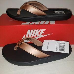 Nike Women's Bella Kai Thong Flip Flops Size 10